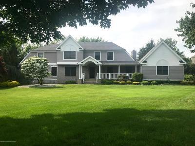 Holmdel Single Family Home For Sale: 9 Cottonwood Lane