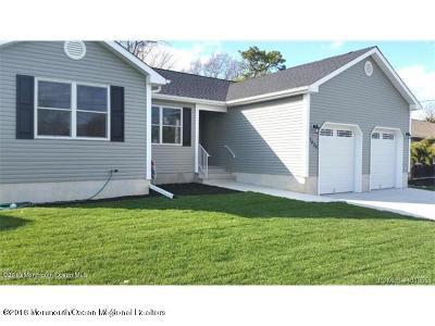 Beachwood Single Family Home For Sale: 1024 Anchor Avenue