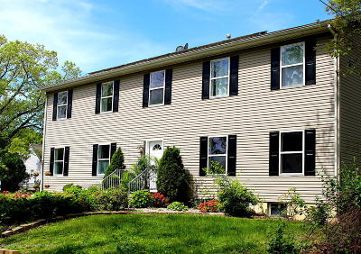 Single Family Home For Sale: 403 Robbins Road