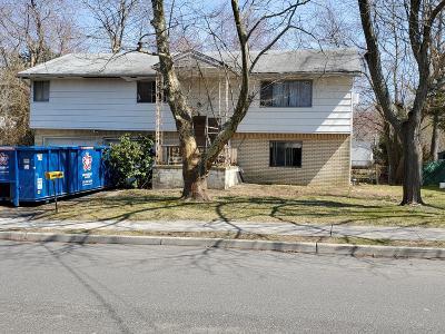 Lakewood Single Family Home For Sale: 5 Lapsley Lane