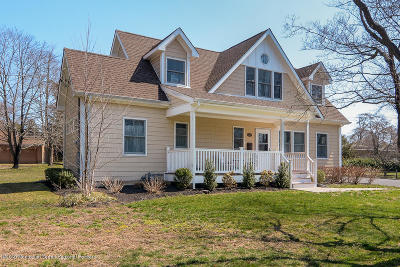 Spring Lake Single Family Home For Sale: 2042 New Bedford Road