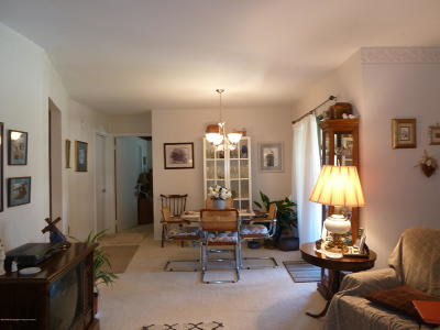 Covered Bridge Adult Community Under Contract: 8 Pine Cluster Circle #H