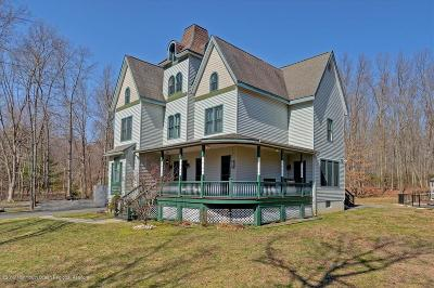 Millstone Single Family Home For Sale: 13 Pine Drive
