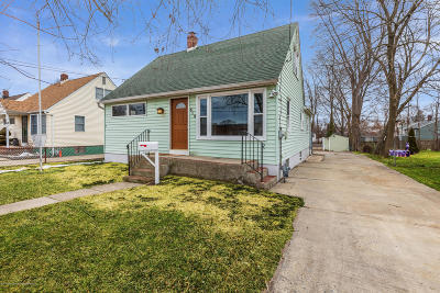 Aberdeen Single Family Home Under Contract: 512 Matawan Avenue