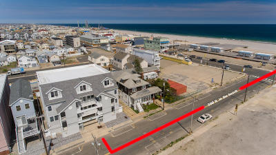 Seaside Heights Condo/Townhouse For Sale: 40 Porter Avenue #2
