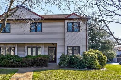 Marlboro Condo/Townhouse For Sale: 291 Plum Drive