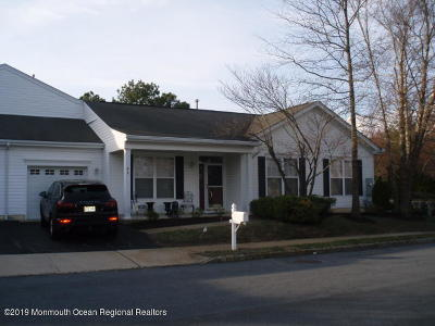 Four Seasons Adult Community For Sale: 46 Silverside Road #1000