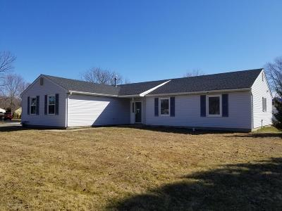 Manalapan Single Family Home Under Contract: 19 Monterey Lane