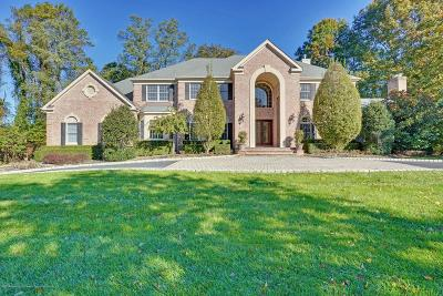 Holmdel Single Family Home For Sale: 1 Barrister Drive