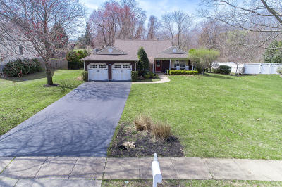 Freehold Single Family Home For Sale: 119 Betsy Ross Drive
