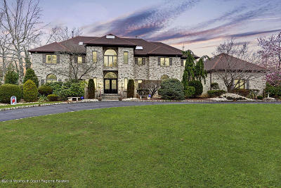 Holmdel Single Family Home For Sale: 3 Cobblestone Court