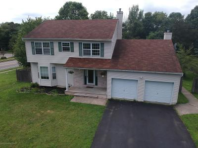 Toms River Single Family Home For Sale: 1002 Isaac Court