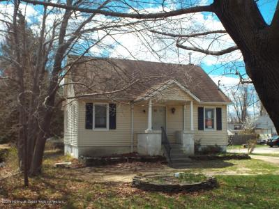 Freehold Single Family Home Under Contract: 1002/1006 State Route 33