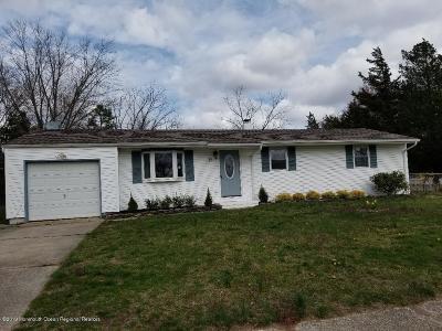 Howell Single Family Home For Sale: 21 Carol Lane