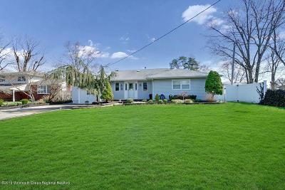 Brick Single Family Home For Sale: 333 Lake Shore Drive