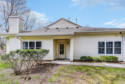 Monmouth County Adult Community Under Contract: 411 Bayberry Court