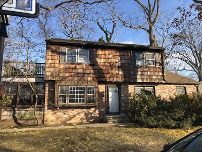 Point Pleasant Single Family Home For Sale: 236 Passaic Avenue