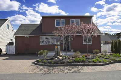 Lavallette Single Family Home For Sale: 214 Westmont Avenue