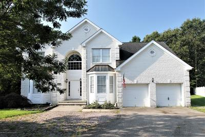 Toms River Single Family Home For Sale: 598 Somerset Drive