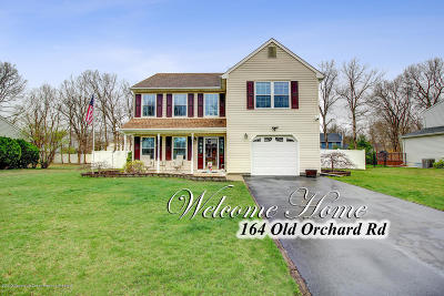 Toms River Single Family Home For Sale: 164 Old Orchard Road