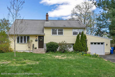 Red Bank Single Family Home For Sale: 17 Woodside Drive