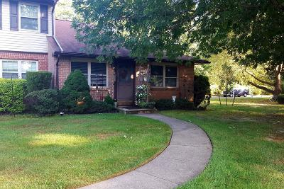 Brick Condo/Townhouse For Sale: 730 Kevin Court