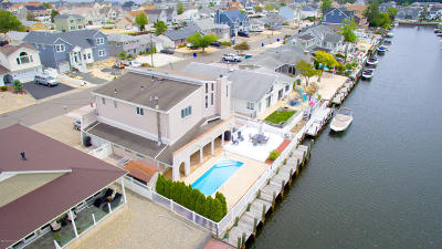 Toms River Single Family Home For Sale: 1839 Skiff Court