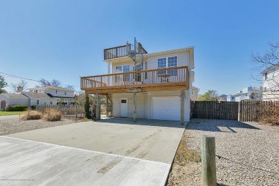 Ocean County Single Family Home For Sale: 113 Ocean Avenue