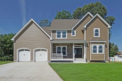 Toms River Single Family Home For Sale: 842 Ethan Court