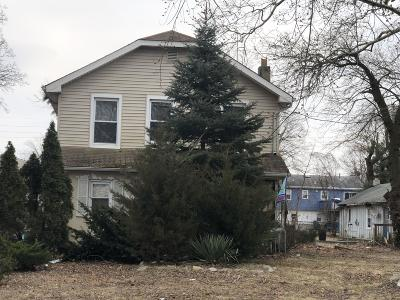 Wall Single Family Home Under Contract: 809 E Curtis Avenue