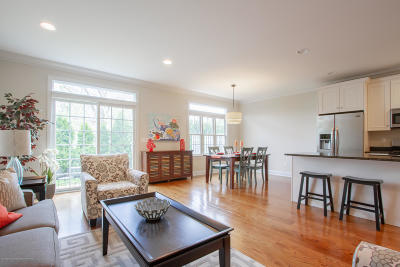 Monmouth County Condo/Townhouse For Sale: 5 Victorian Court
