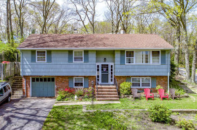 Monmouth County Single Family Home For Sale: 301 Helen Terrace