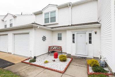 Monmouth County Condo/Townhouse For Sale: 51 S Pointe Circle