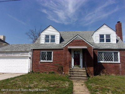 Ocean County Multi Family Home For Sale: 708 Wildwood Avenue