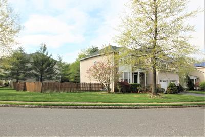 Holmdel Single Family Home For Sale: 20 Mulberry Lane