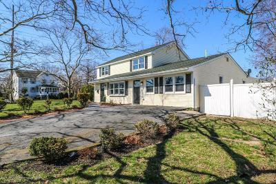 Aberdeen, Matawan Single Family Home For Sale: 3 Avondale Lane