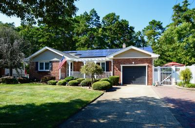Toms River Single Family Home For Sale: 838 Regency Court