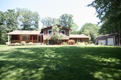 Howell Single Family Home For Sale: 184 Old Tavern Road