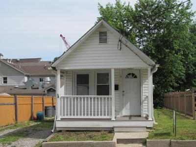 Single Family Home For Sale: 3 Front Street