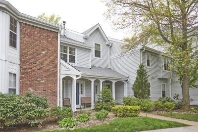 Freehold Condo/Townhouse For Sale: 298 Tulip Lane