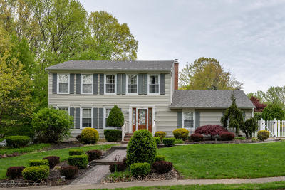 Middletown Single Family Home Under Contract: 11 Bertha Road