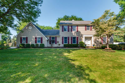 Middletown Single Family Home For Sale: 30 Green Meadow Boulevard
