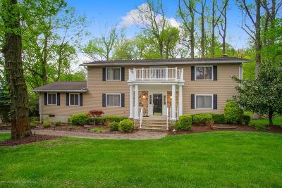 Holmdel Single Family Home For Sale: 5 Seven Oaks Drive