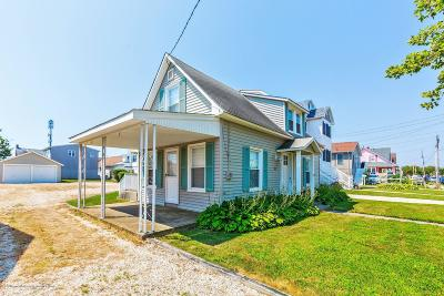 Point Pleasant Beach Single Family Home For Sale: 24 Central Avenue