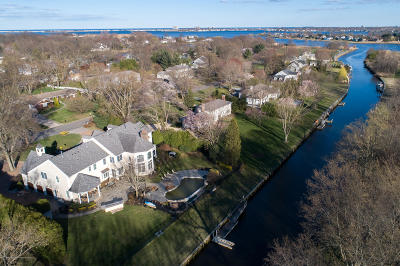 Monmouth County Single Family Home For Sale: 20 Riverside Drive