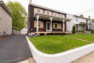Robbinsville Single Family Home For Sale: 48 S Main Street