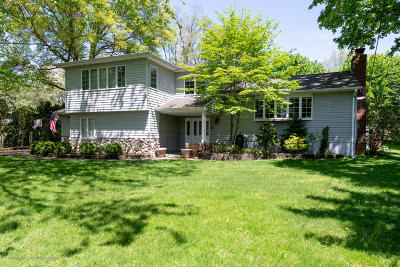 Middletown Single Family Home Under Contract: 10 Gull Road
