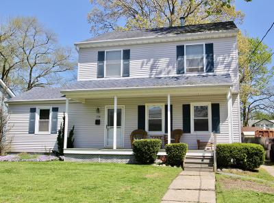 Single Family Home For Sale: 116 Locust Avenue