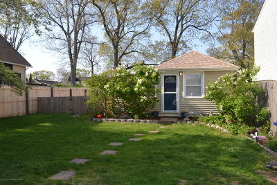 Brick Single Family Home For Sale: 822 Sterling Avenue
