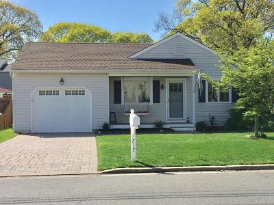 Point Pleasant Single Family Home Under Contract: 717 Albert Clifton Avenue